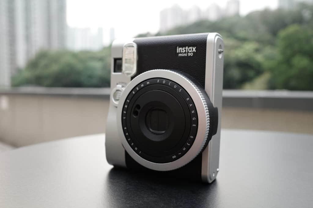 Instax Mini 90 正面(直度使用)
